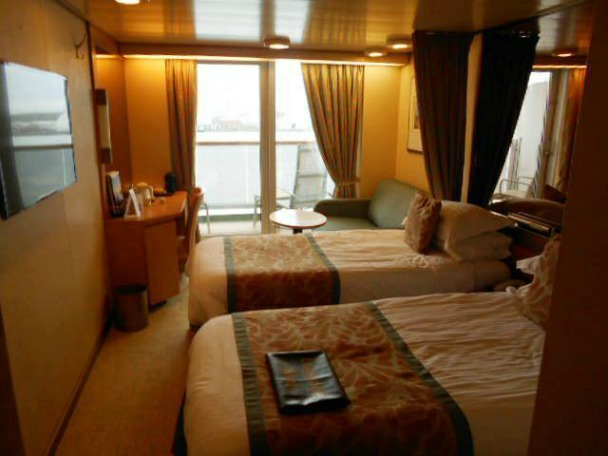 Paul Carole Love Travel P&O cruises guest post cruise blogger arcadia cabin