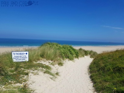 Beachside Holiday Park Hayle Cornwall Review #travel #uk #england #cornwall #hayle #camping #campsite #holiday #park#beachside #travelling #travellers #beach #review #paul #carole #path