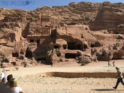 More caves and tombs carved into the pink sandstone #petra #wondersoftheworld #roseredcity #jordan #visitingpetra #paulandcarole
