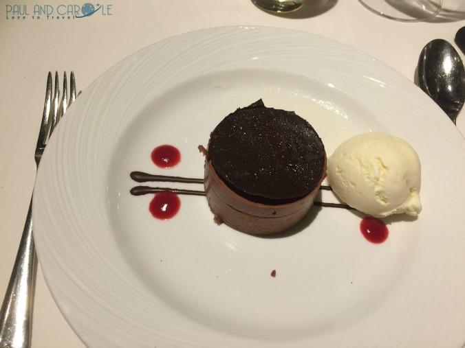 P&O Oceana Cruise Ship Ligurian restaurant #finedining #anytimedining #waiterservice #formalnights #greatfood #dinnertime #menu #finewine #desserts