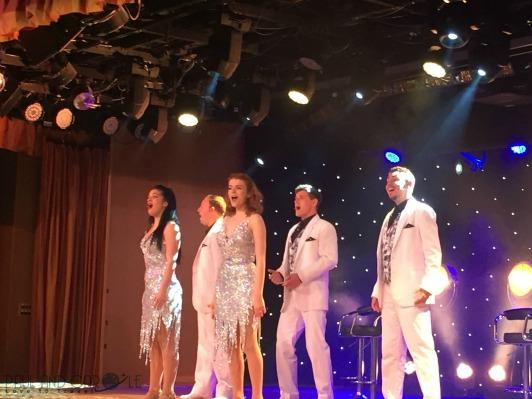 P&O Oceana Cruise ShipStarlights lounge #entertainment #singing #dancing #keepmusiclive #showtime #talent #Oceana