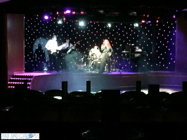P&O Oceana Cruise Ship Starlights lounge #entertainment #singing #dancing #keepmusiclive #showtime #talent #starlights #oceana #cruise