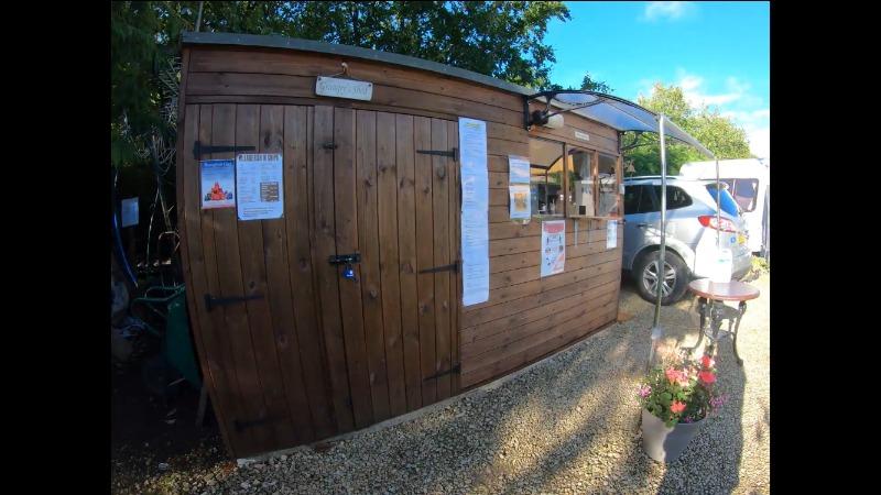 Reception Wysdom Touring Park Campsite Burford Oxfordshire